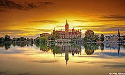 Schwerin Schloss Abends